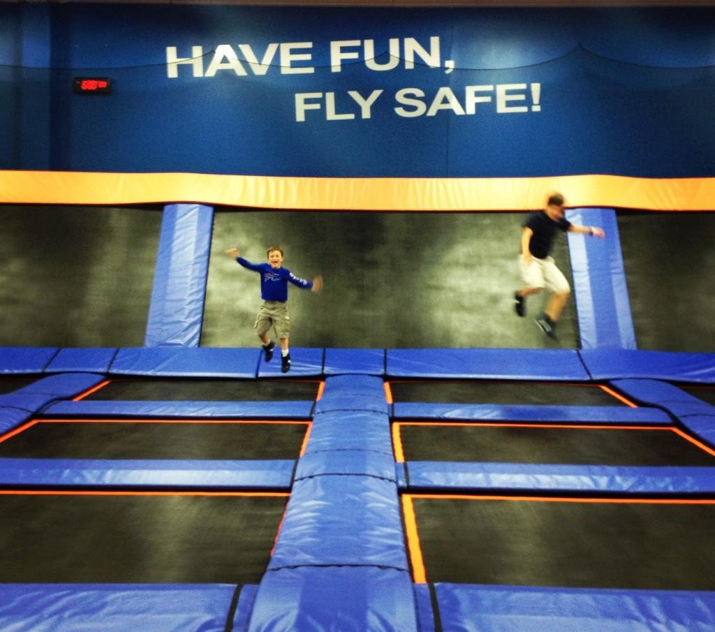 Skyzone%27s+unique+design+will+have+you+bouncing+off+the+walls%2C+literally.+
