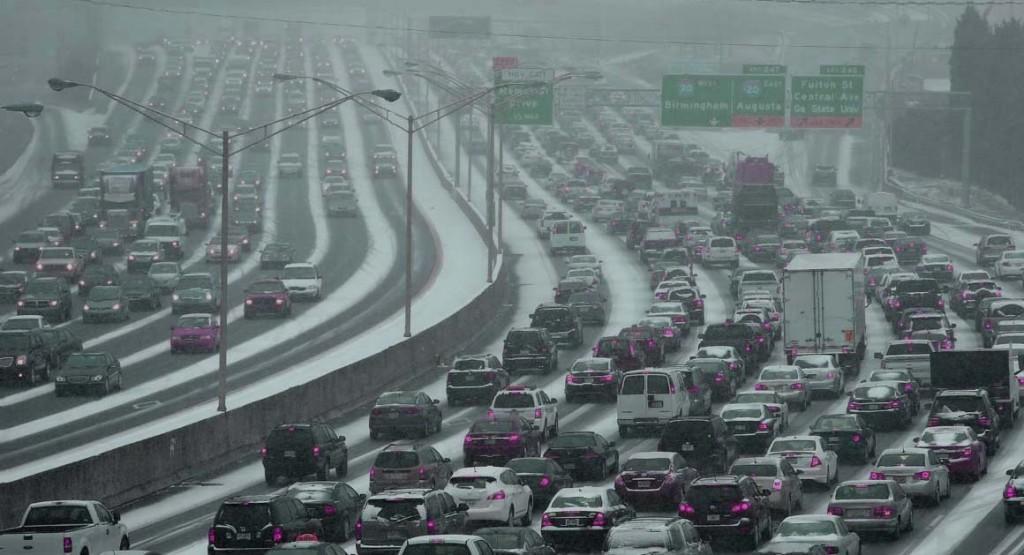 Storm+brings+Atlanta+to+a+halt