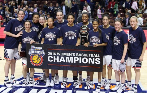 UConn after their American Conference Tournament Championship. Photo by Ian Bethune