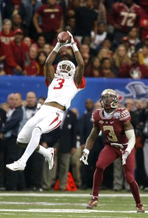 Bengals first round pick William Jackson III snagging an interception in last year's Peach Bowl.
