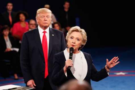 trump-staring-down-clinton