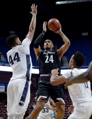 Kyle Washington is becoming an elite big man for the Bearcats this year.