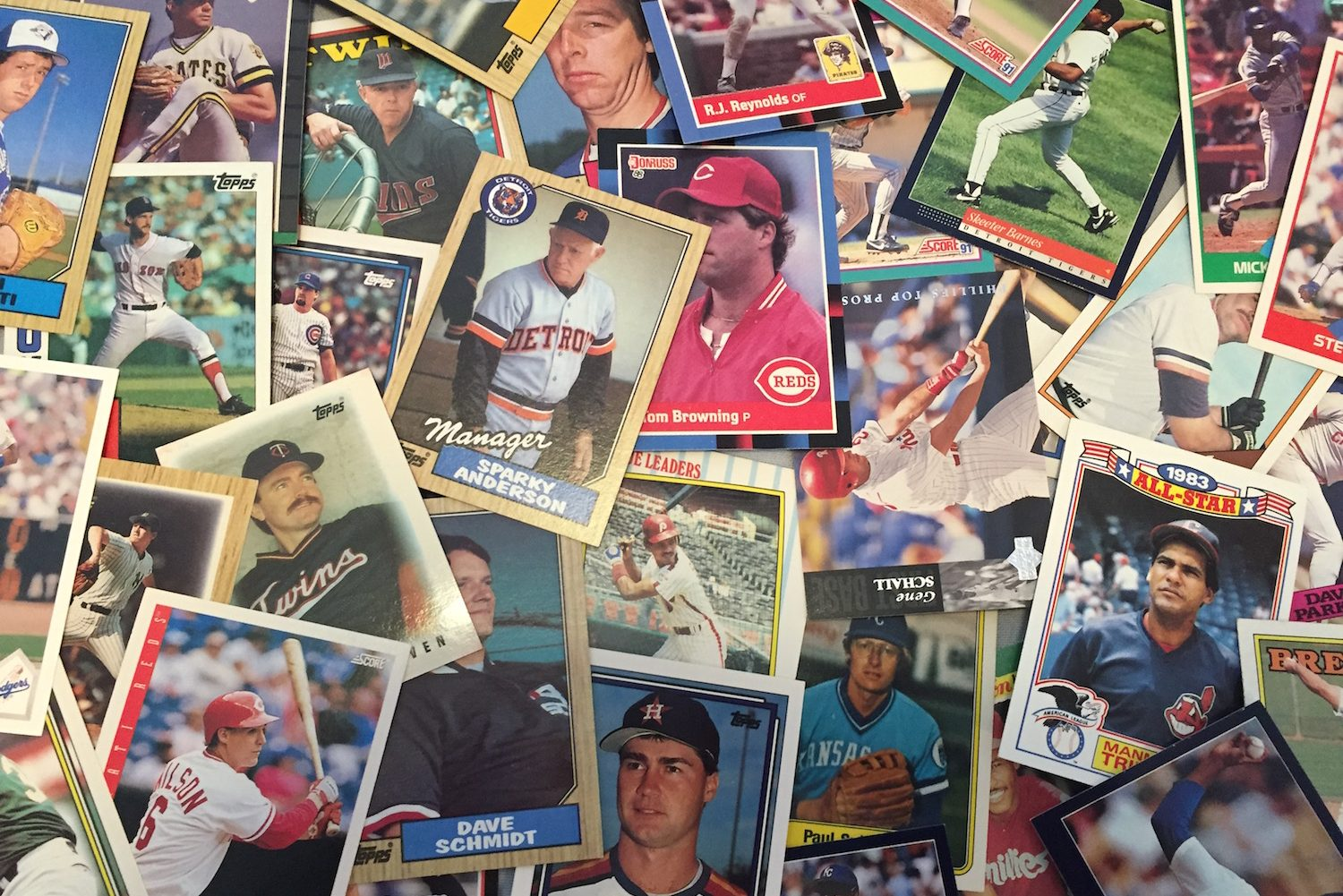the baseball card has gone through many changes over some time. this is a history of what has changed.