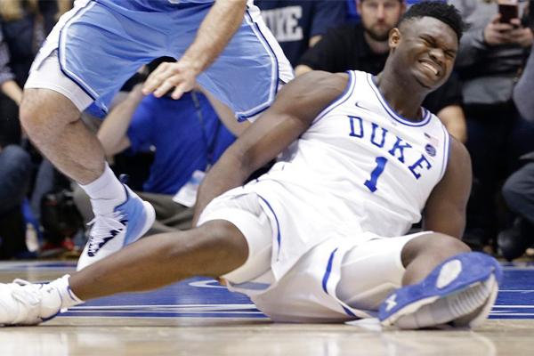 Zion breaks through his shoe!