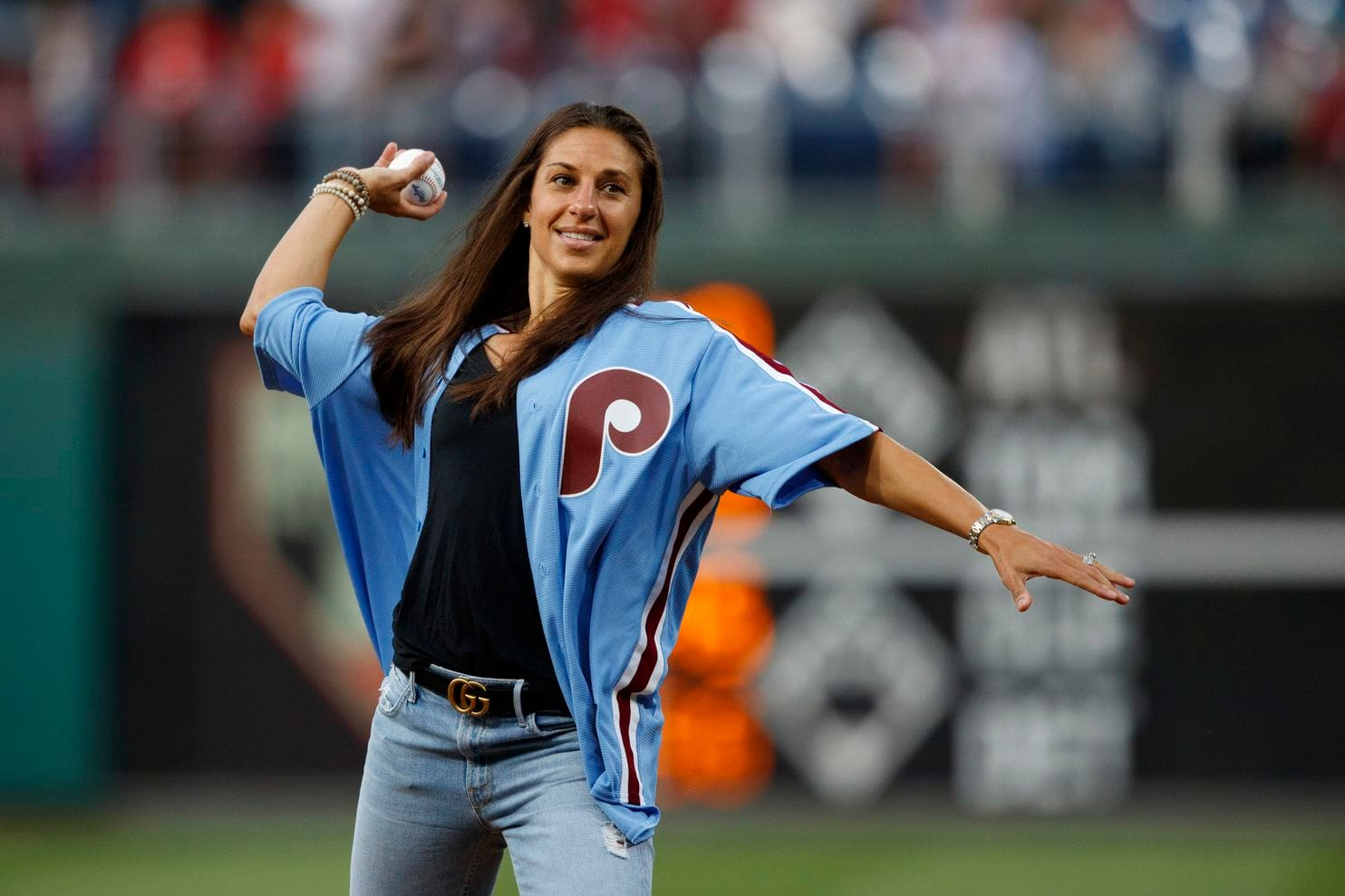 Carli+Lloyd+throwing+the+first+pitch+before+the+Phillies%27+game+against+the+Pirate+on+08%2F27%2F19