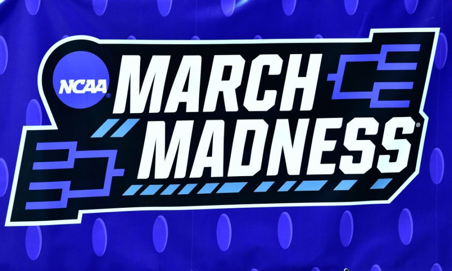 Mar+20%2C+2019%3B+Des+Moines%2C+IA%2C+USA%3B+A+view+of+a+%22March+Madness%22+banner+during+practice+before+the+first+round+of+the+2019+NCAA+Tournament+at+Wells+Fargo+Arena.+Mandatory+Credit%3A+Jeffrey+Becker-USA+TODAY+Sports