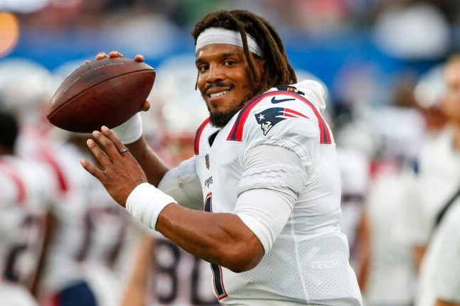 Newton+and+the+Patriots+went+7-9+in+2020%2C+the+Patriots+worst+record+since+2000.